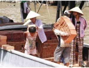 Vietnamese Children Working